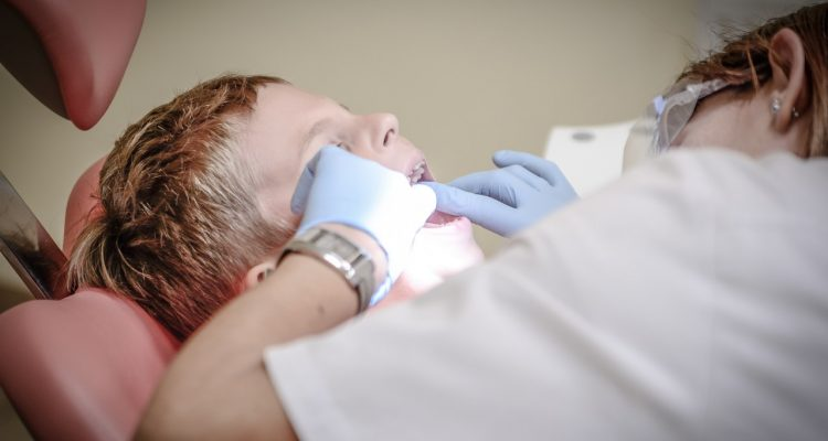 How Much Does a Dental Implant Cost in Canada ?